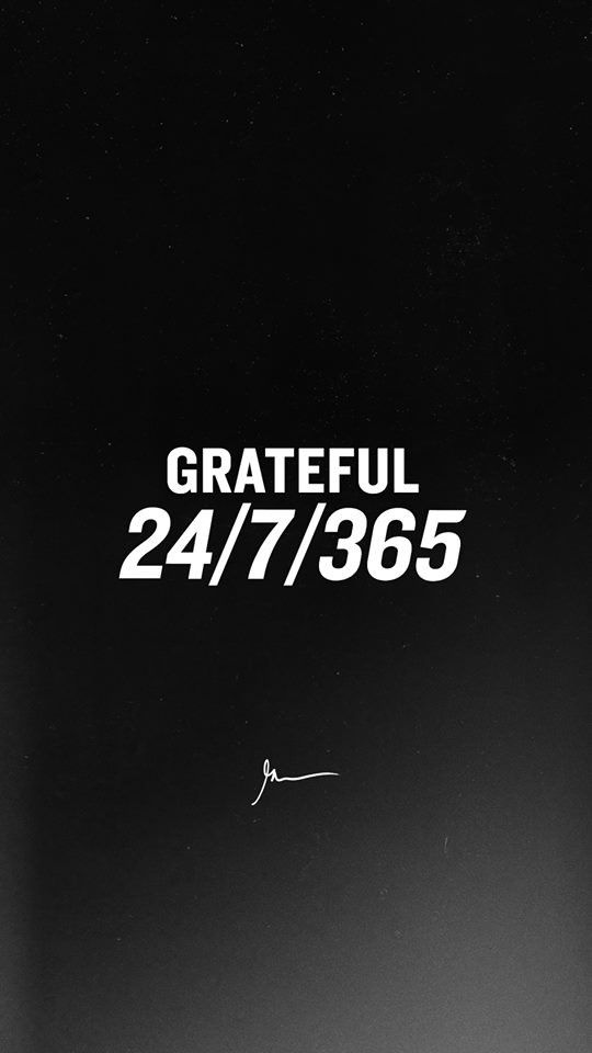 grateful black and white gary vaynerchuk